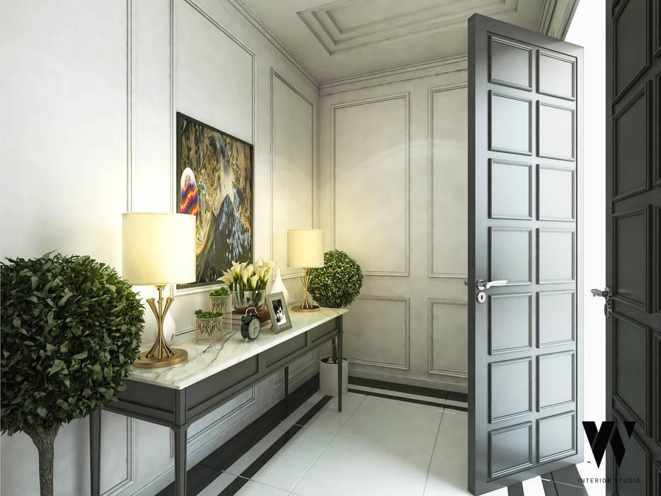 Ping House - Foyer Area: Teras oleh w.interiorstudio, Klasik