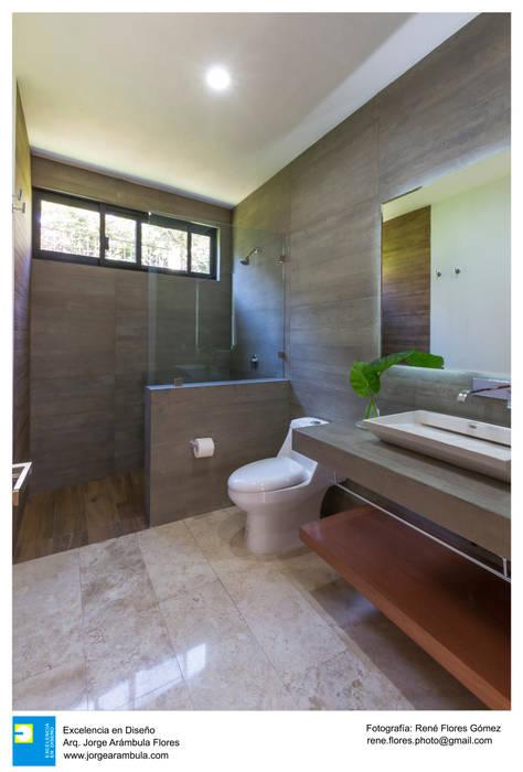 Baño: Baños de estilo  por Excelencia en Diseño, Moderno