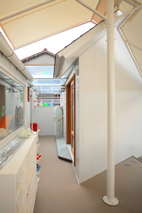 ぴよちゃん の ざ き 設 計 北欧風学校