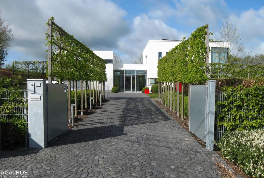 Villa in Raeren/ Belgien: moderne Häuser von Architekturbüro Sutmann