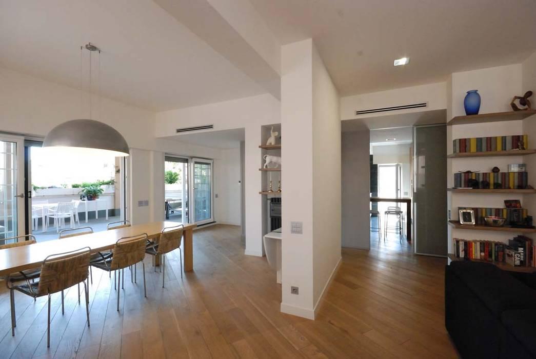 Modern dining room by silvestri architettura Modern
