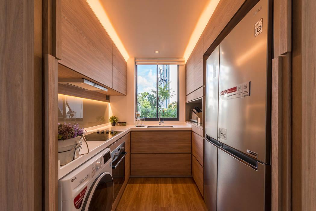Design & Build: Condominium @ Eunos (Modern Scandinavian) Modern kitchen by erstudio Pte Ltd Modern