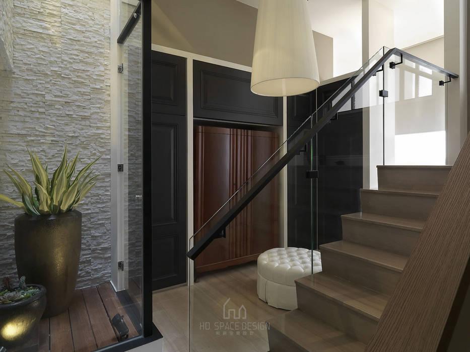 彰化T宅 Ho.space design 和薪室內裝修設計有限公司 更衣室