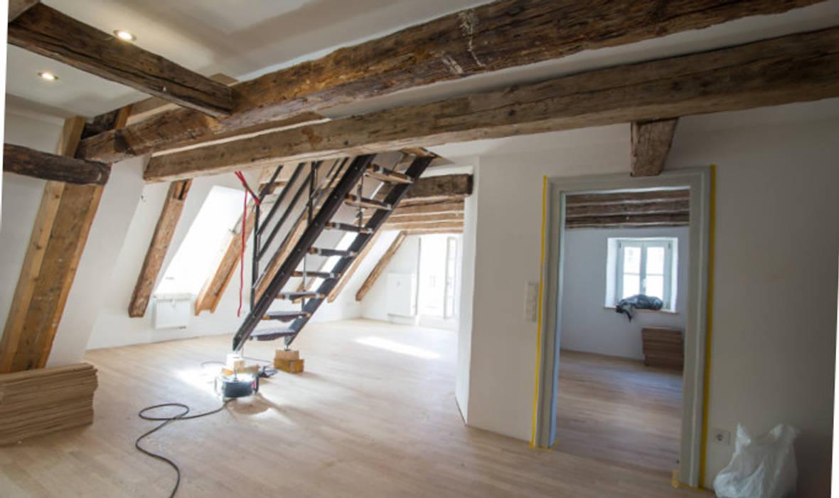 Dachgeschosswohnung:  Dach von michael adamczyk  - architekt und stadtplaner