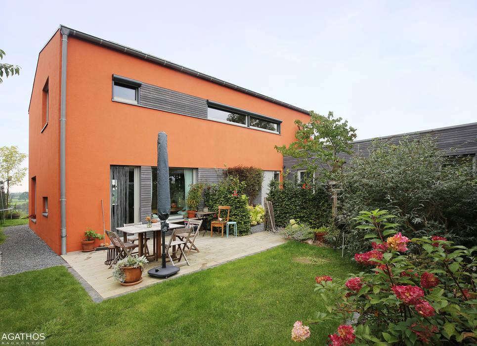 Casas estilo moderno: ideas, arquitectura e imágenes de Architekturbüro Sutmann Moderno