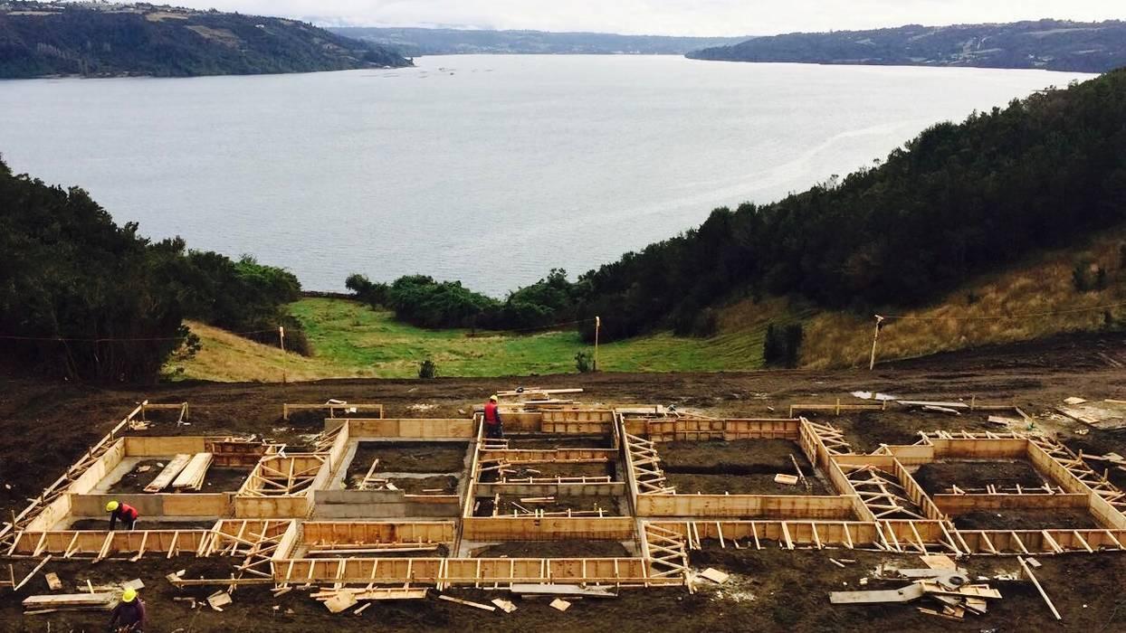 Log cabin by Constructora Patagonia Sustentable