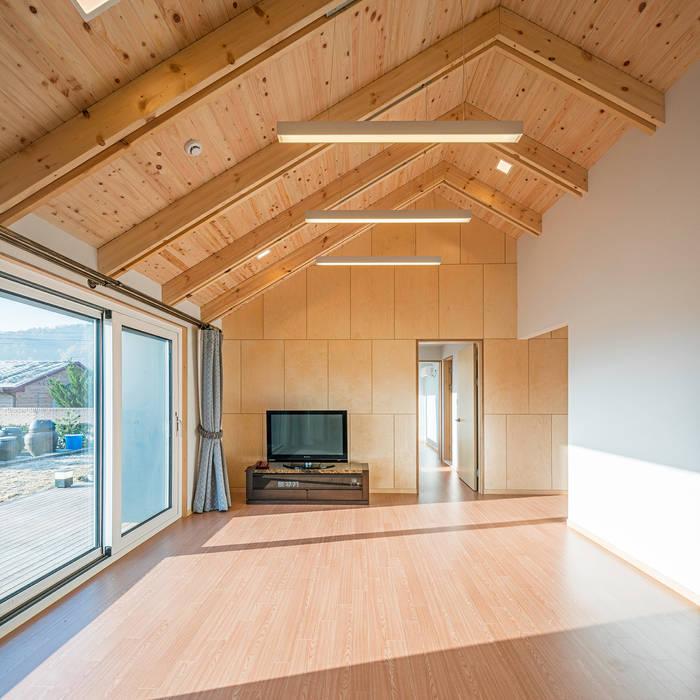 건축사사무소 이인집단 Country style living room