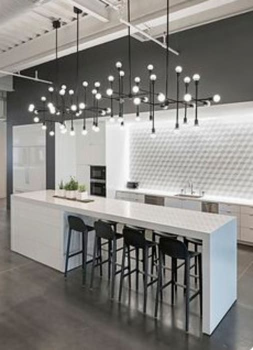Kitchen Modern kitchen by Nozipho Construction Modern