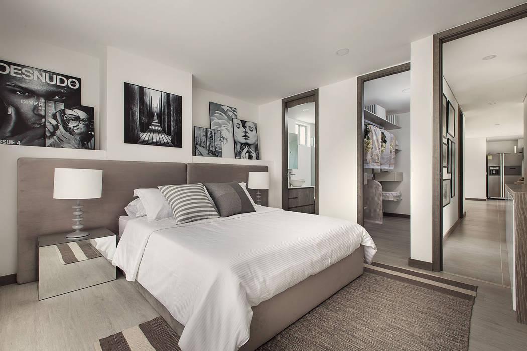 Habitación principal: Habitaciones de estilo  por Maria Mentira Studio