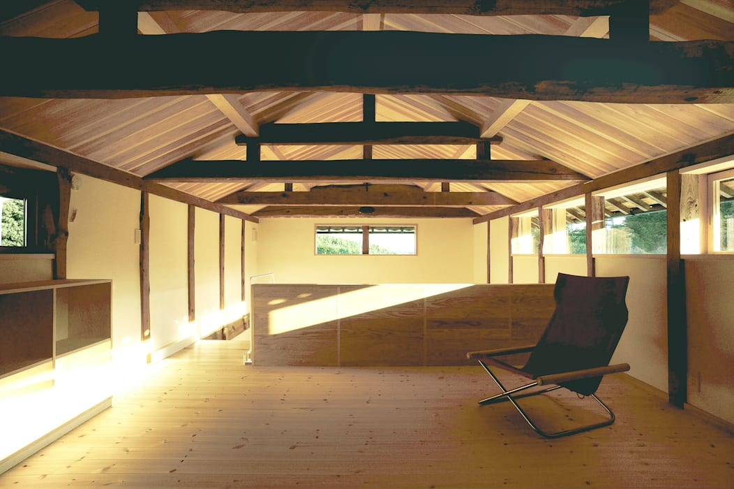 神家昭雄建築研究室 Living room Wood Wood effect