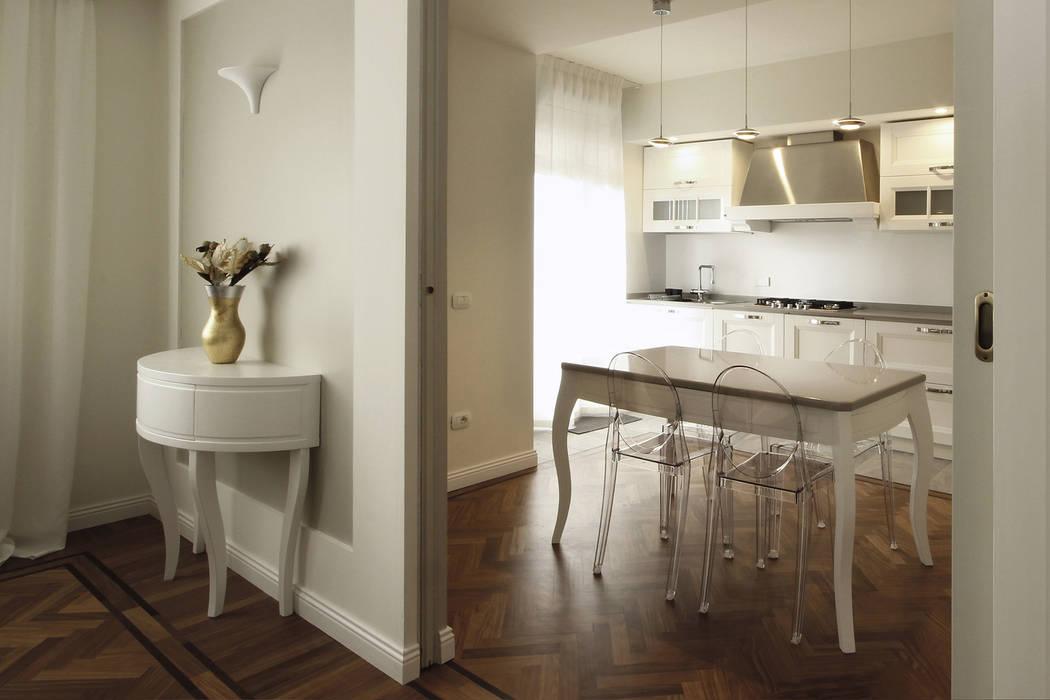 Architettura d\'interni in stile classico contemporaneo: cucina in ...