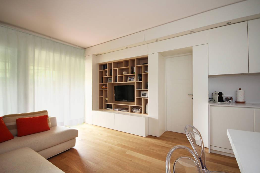 Arredamento Soggiorno Casa Al Mare : Ristrutturare e arredare una casa al mare in liguria: soggiorno in