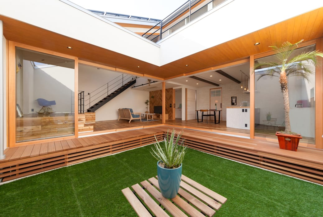Courtyard: STaD(株式会社鈴木貴博建築設計事務所)が手掛けた庭です。
