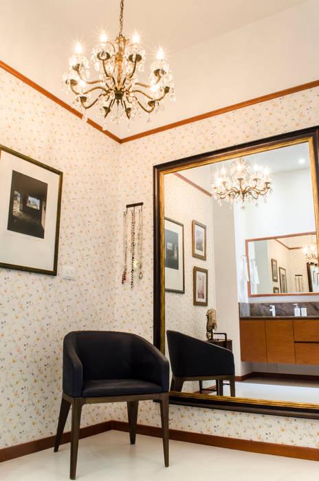 Baño Principal 01: Baños de estilo ecléctico por Tejero & Ángel Diseño de Interiores