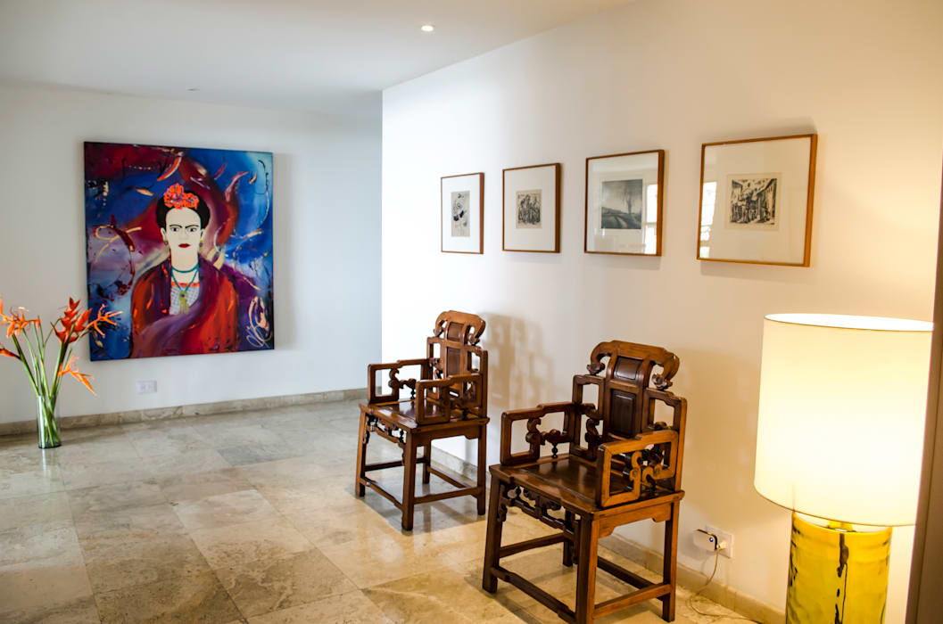 Pasillos, vestíbulos y escaleras de estilo ecléctico de Tejero & Ángel Diseño de Interiores Ecléctico