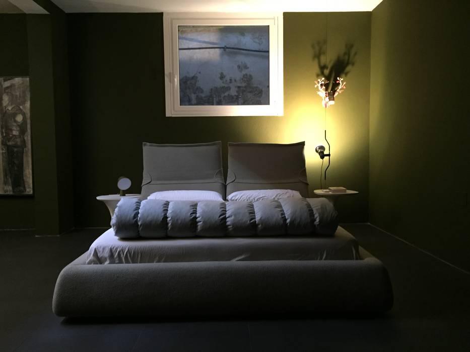 Ristrutturazione, casa privata, Camera da letto: Camera da letto in stile in stile Classico di USER WAS DELETED!