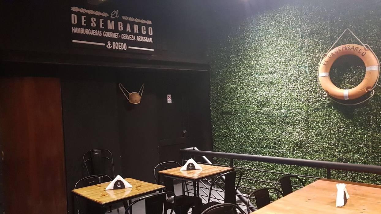 Foto primer piso, salon comedor y barra cerveceria Bares y clubs de estilo industrial de NB INTERIORES Industrial Madera Acabado en madera