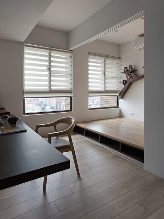 書房間客房:  臥室 by 禾光室內裝修設計 ─ Her Guang Design