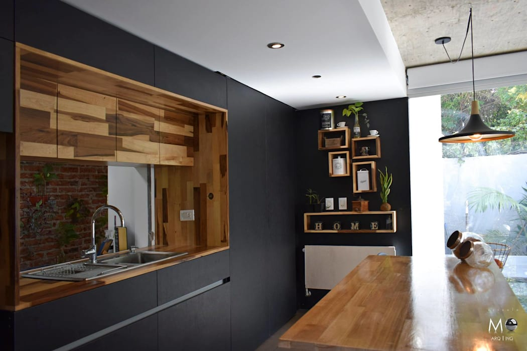 Kitchen by estudio  M