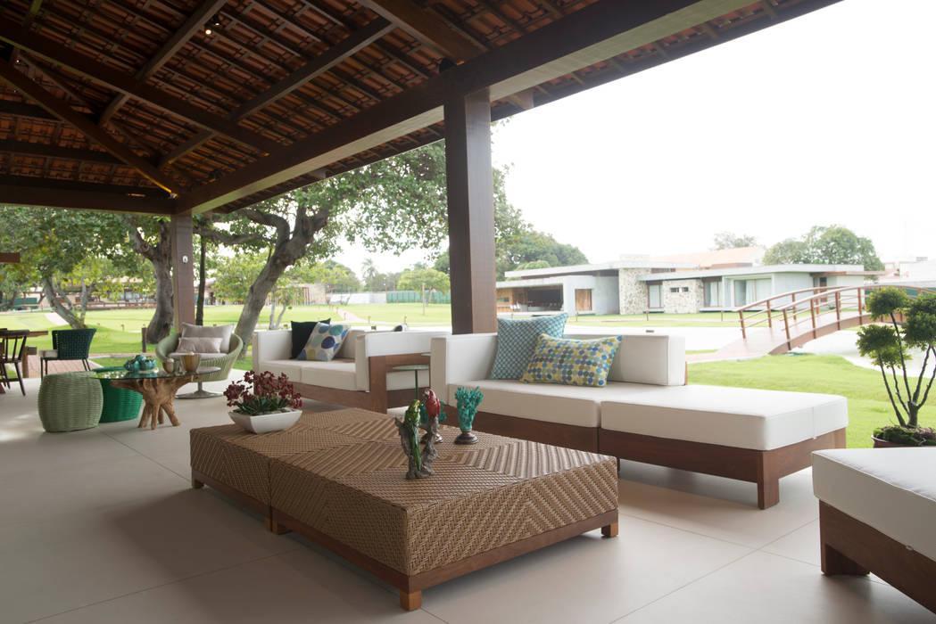 Residencia - 2017 Jardins modernos por Danielle Valente Arquitetura e Interiores Moderno