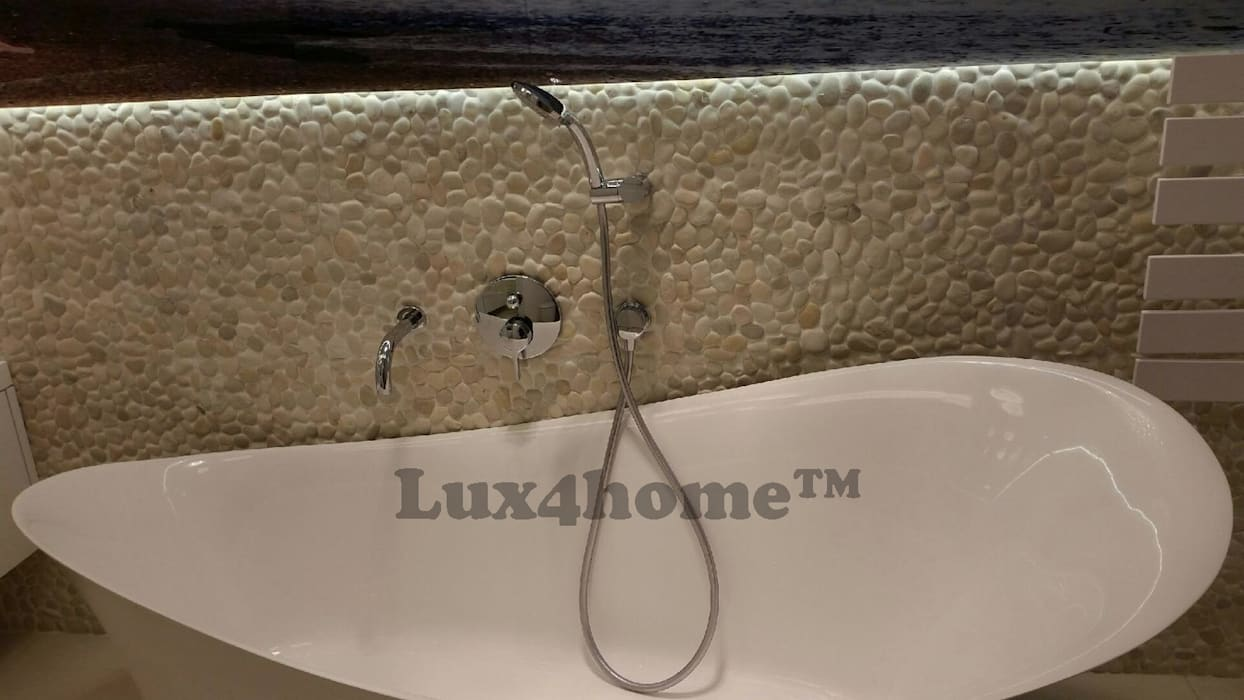 White pebble tiles - White Pebble mosaic manufacturer / producer & Exporter: industrial Bathroom by Lux4home™ Indonesia
