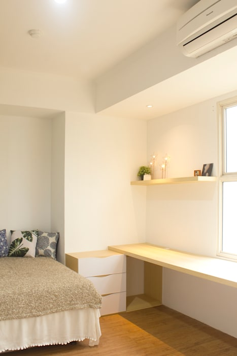 Master Bedroom TIES Design & Build Kamar Tidur Gaya Skandinavia