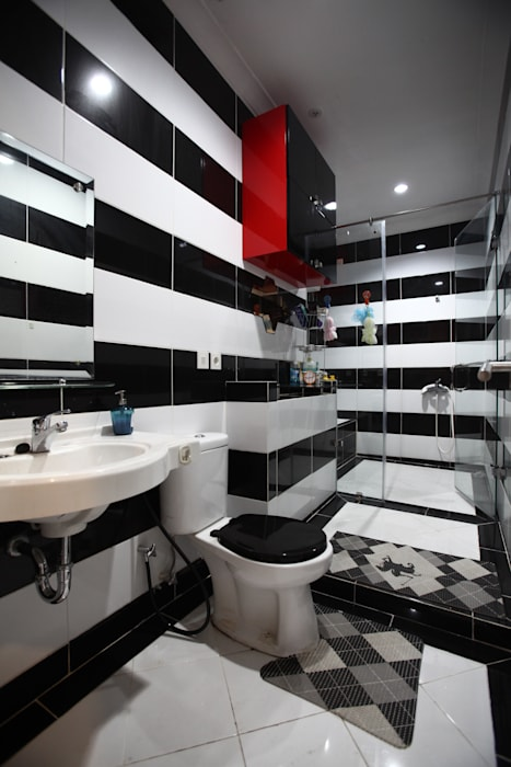 Colourful house Modern Bathroom by a+Plan Architect and Interior Works Modern Ceramic