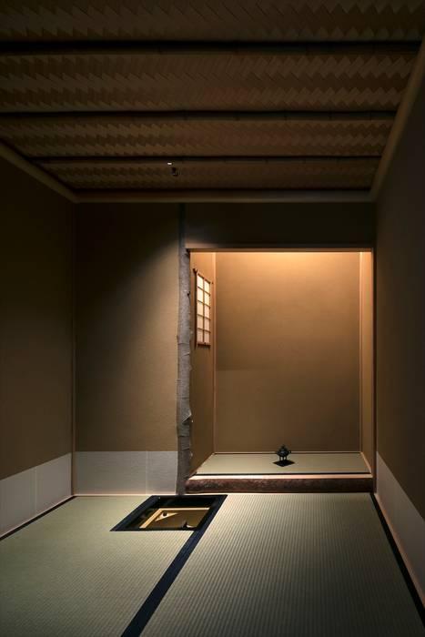吉川弥志設計工房 Modern style media rooms