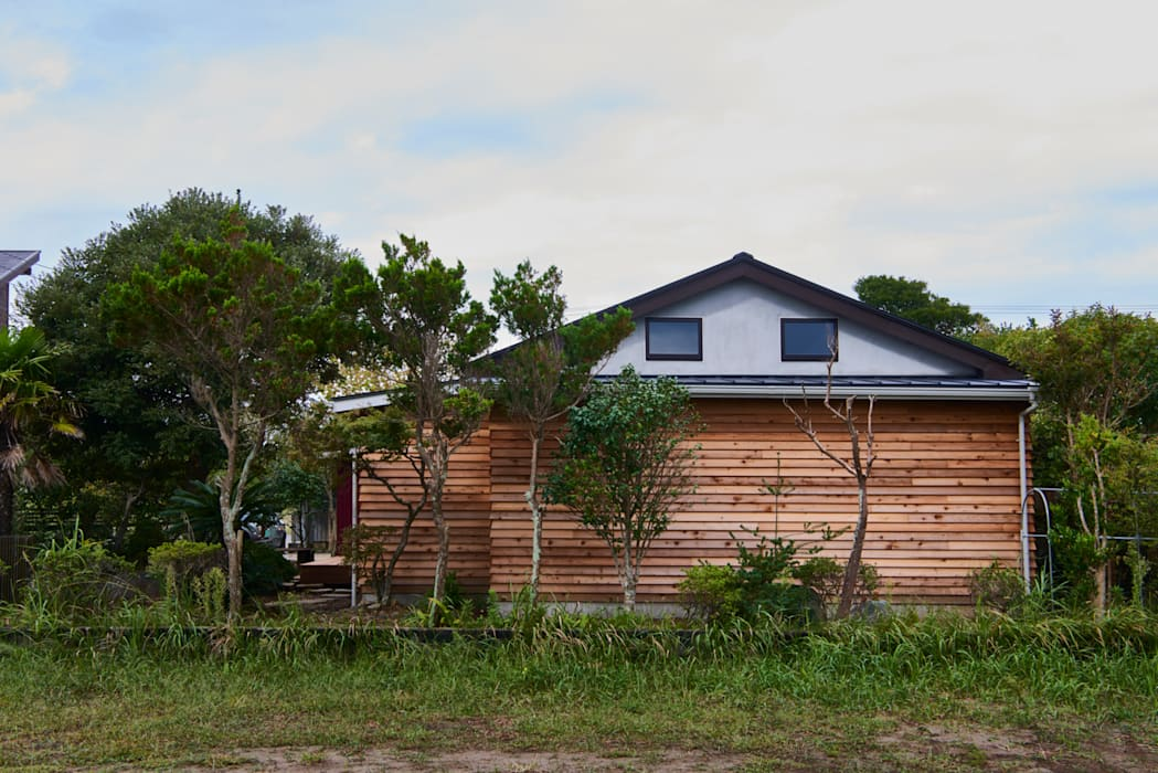 de tai_tai STUDIO Rústico Madera Acabado en madera