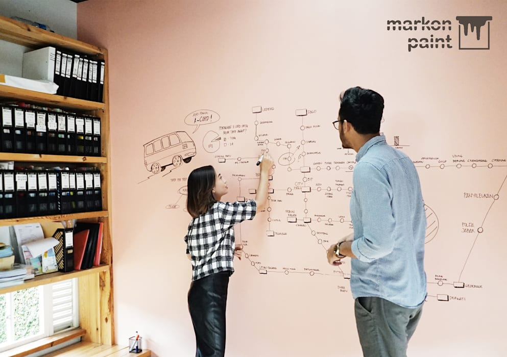 MarkOn Home:  Walls & flooring by Naya Fond Living
