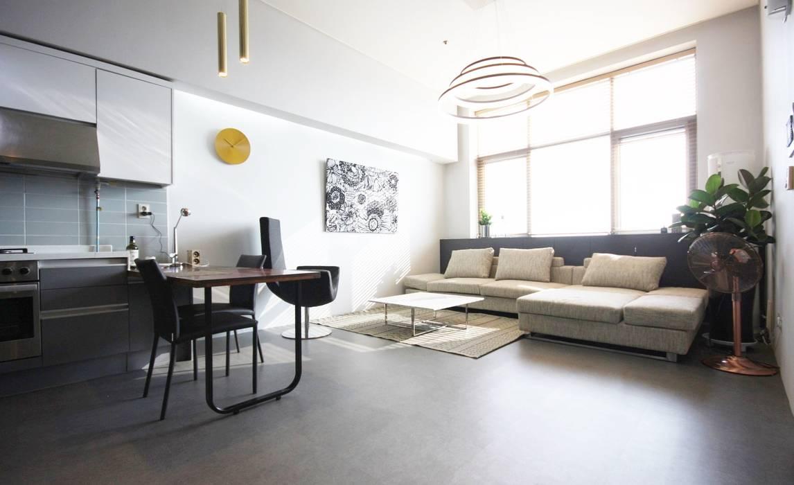 Salon de style  par homelatte, Moderne
