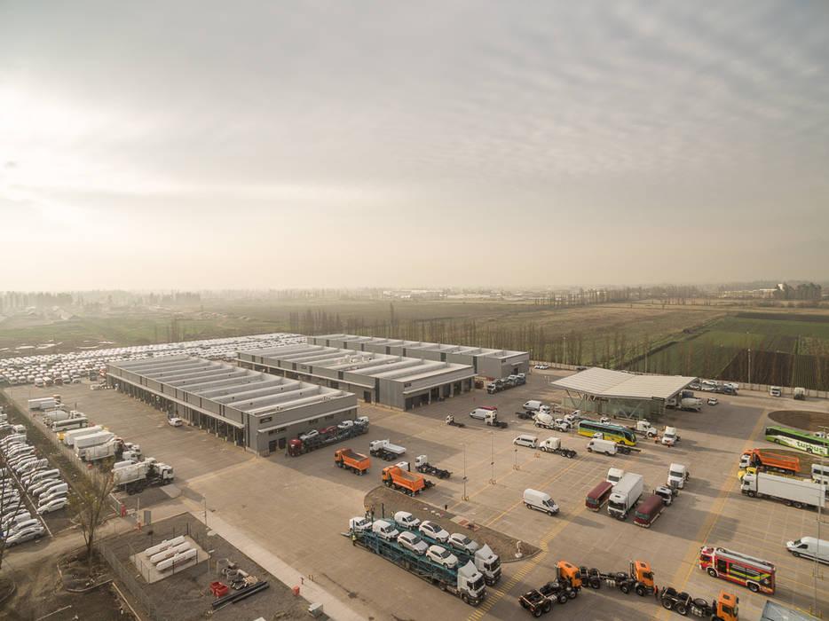 Exhibition centres by Bschneider Arquitectos e Ingenieros