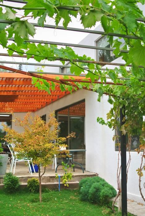 Houses by AtelierStudio, Mediterranean