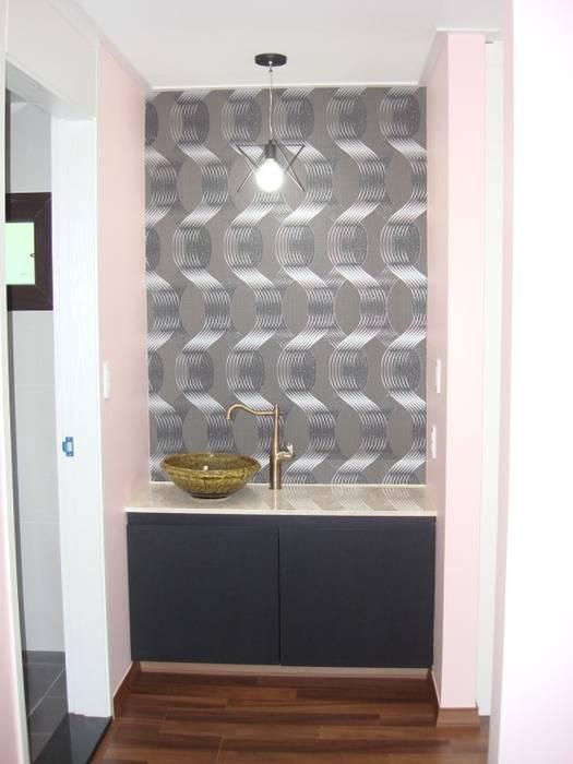Salle de bains de style  par 피앤이(P&E)건축사사무소