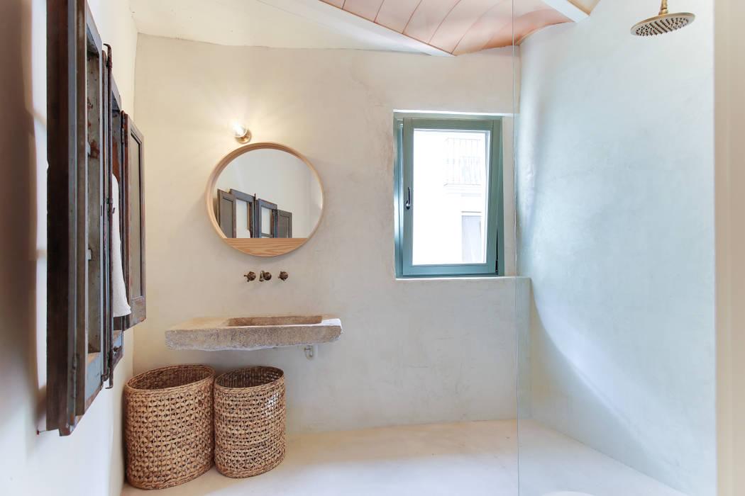 根據 Lara Pujol | Interiorismo & Proyectos de diseño 地中海風