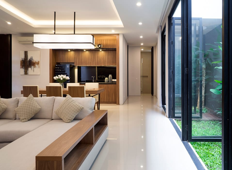 'S' house:  Ruang Keluarga by Simple Projects Architecture