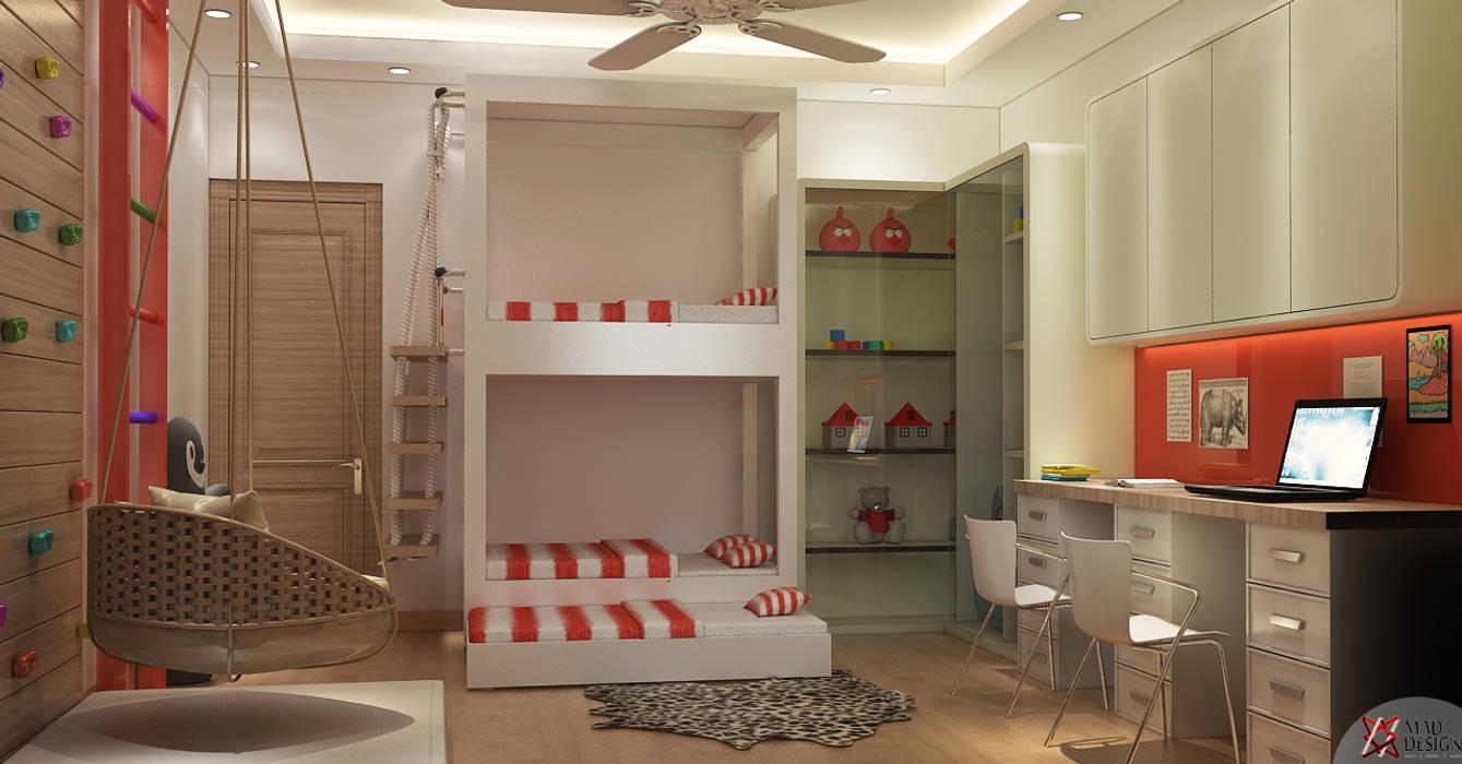 KID'S BEDROOM:  Teen bedroom by MAD DESIGN