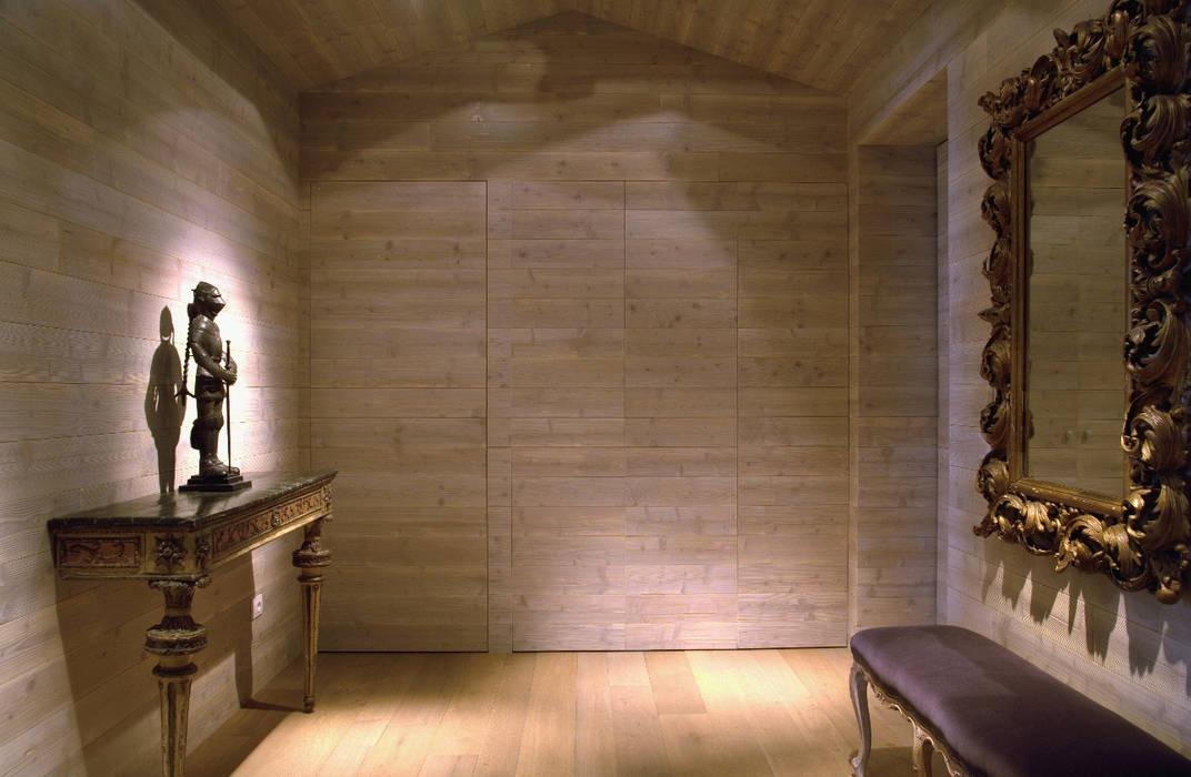 Appartamento privato - Milano Andrea Rossini Architetto Ingresso, Corridoio & Scale in stile classico