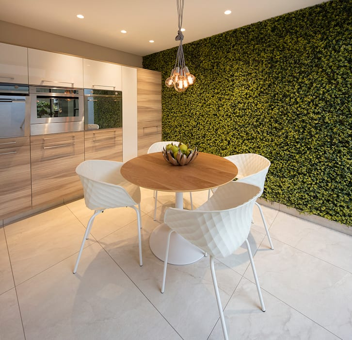 Kitchen by Spegash Interiors