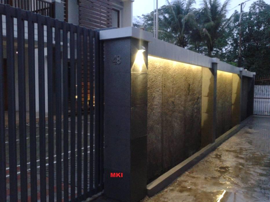 PAGAR DEPAN PT.Matabangun Kreatama Indonesia Pintu