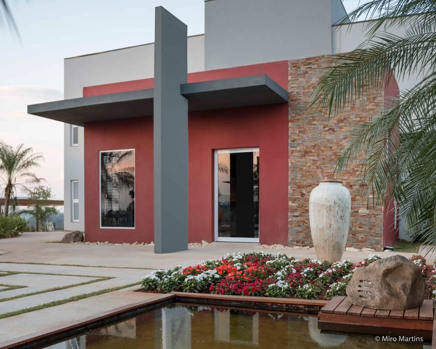 Praça Casa Cor - Lounge do patrocinador Espaços comerciais modernos por Erlon Tessari Arquitetura e Design de Interiores Moderno