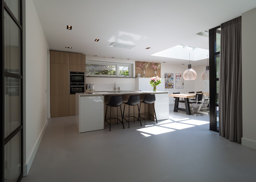 By Lilian Modern style kitchen