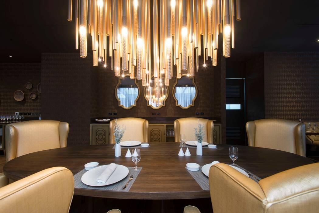 comedor Hoteles de estilo ecléctico de Ecologik Ecléctico