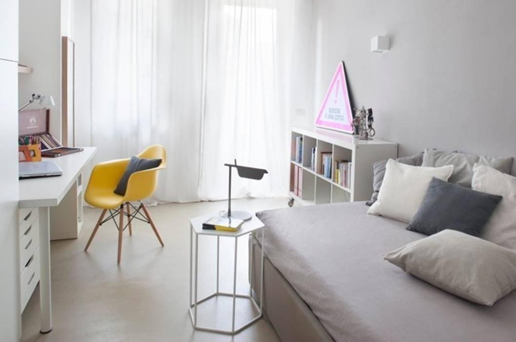 Camera singola: camera da letto in stile di costa zanibelli ...