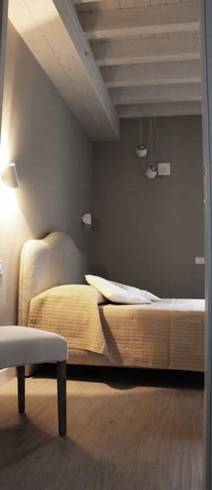 Camere Da Letto Di Campagna.Villa Di Campagna Camera Da Letto In Stile Di Alma Design Homify