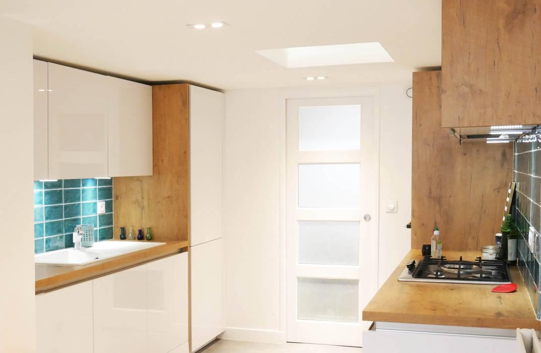 Minimalist kitchen by Lüd studio d'architecture Minimalist Wood Wood effect