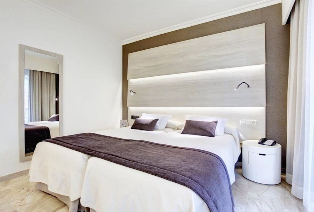 Dormitorios Mallorca.Hotel Gran Vista Mallorca Dormitorios De Estilo De Inzinkdesign
