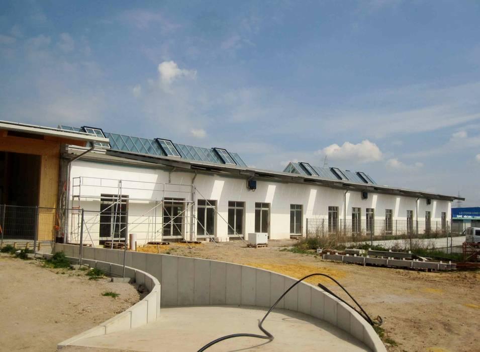 Gewerbebau in Grünstadt:  Bürogebäude von F.C. Nüdling Fertigteiltechnik GmbH + Co. KG