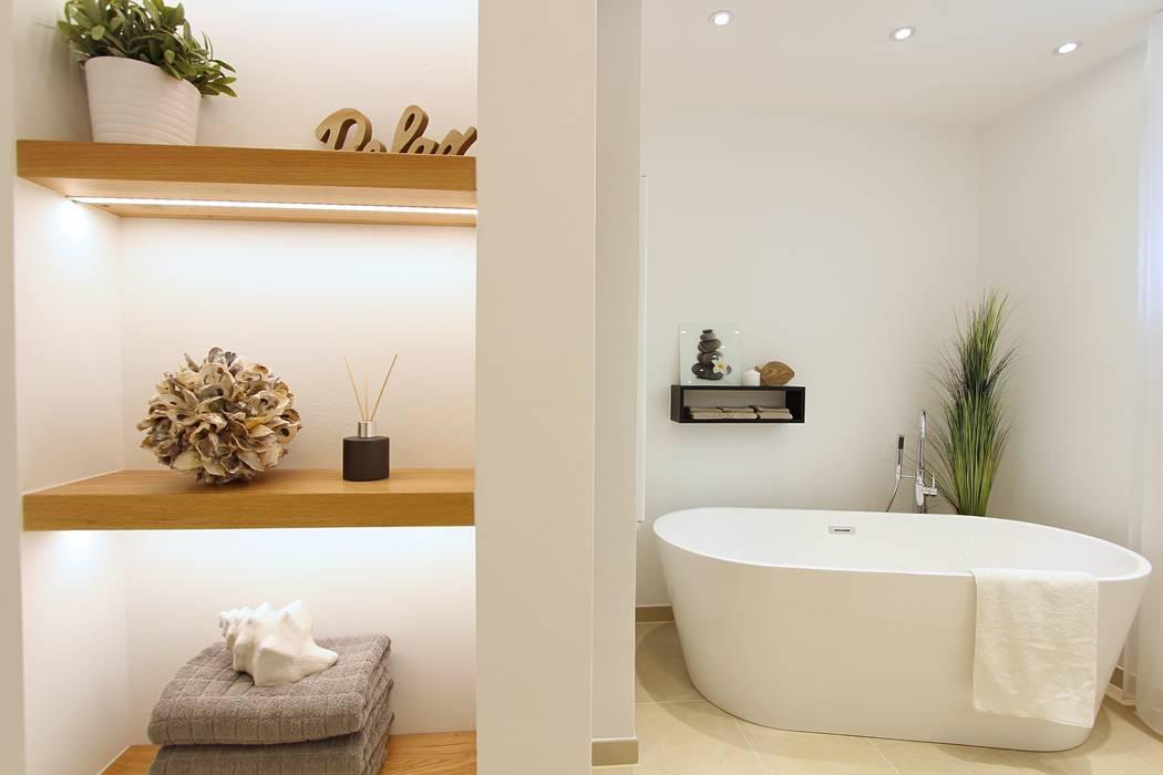 Home staging badezimmer moderne badezimmer von stagebella ...