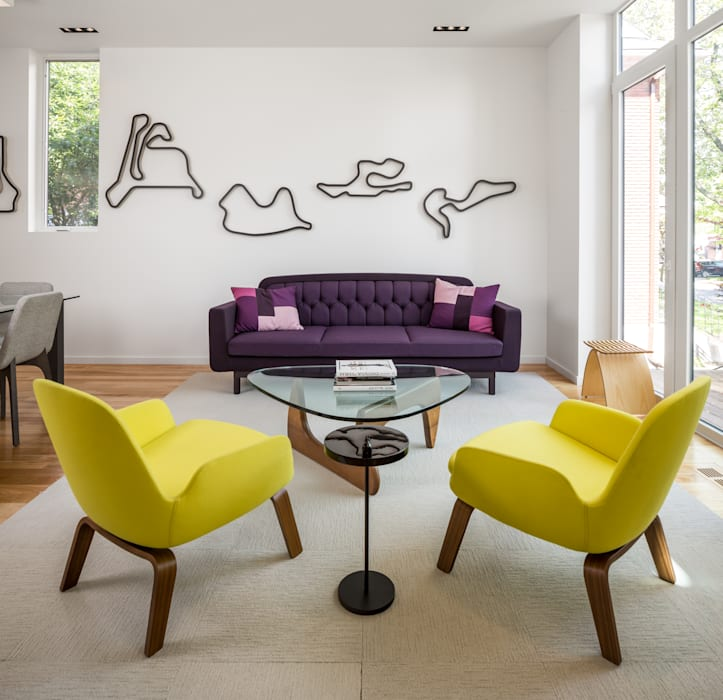 Avenue Road Residence:  Living room by Flynn Architect ,